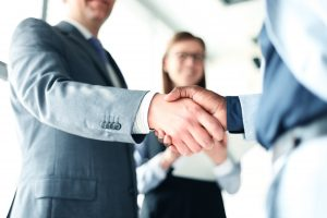 Quadra_handshake